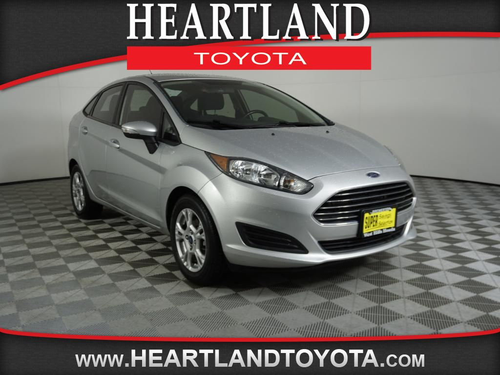Pre-Owned 2014 Ford Fiesta SE
