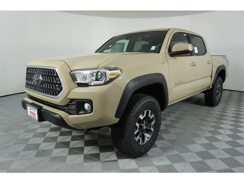 new review reviews cab car trd trdor photo autoweek toyota off tacoma double article road