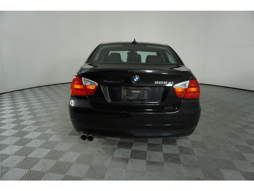 Pre-Owned 2008 BMW 3 series 328xi