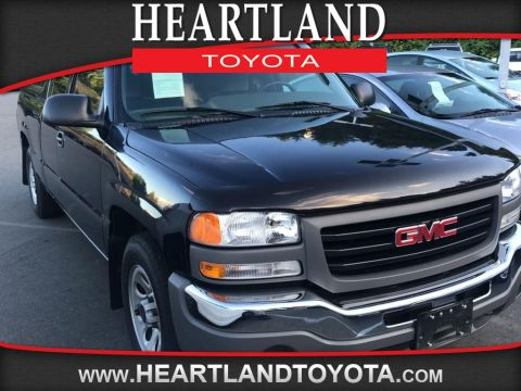 Pre-Owned 2007 GMC Sierra Classic 1500 Work Truck